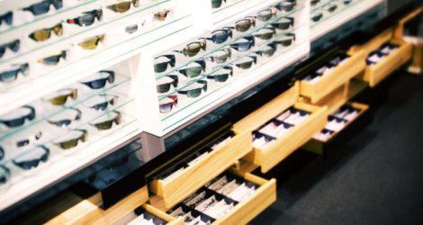prateleira-de-oculos.jpg