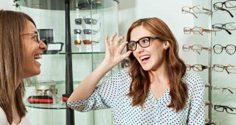Como encantar o cliente da sua ótica