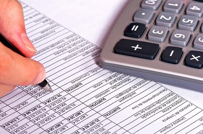 como organizar as contas a pagar na sua óptica
