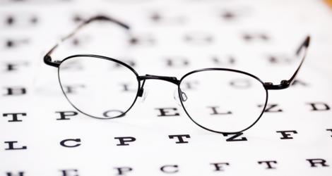 Saiba os porblemas que sua ótica pode enfrentar pela falta de registro de clientes e receitas.