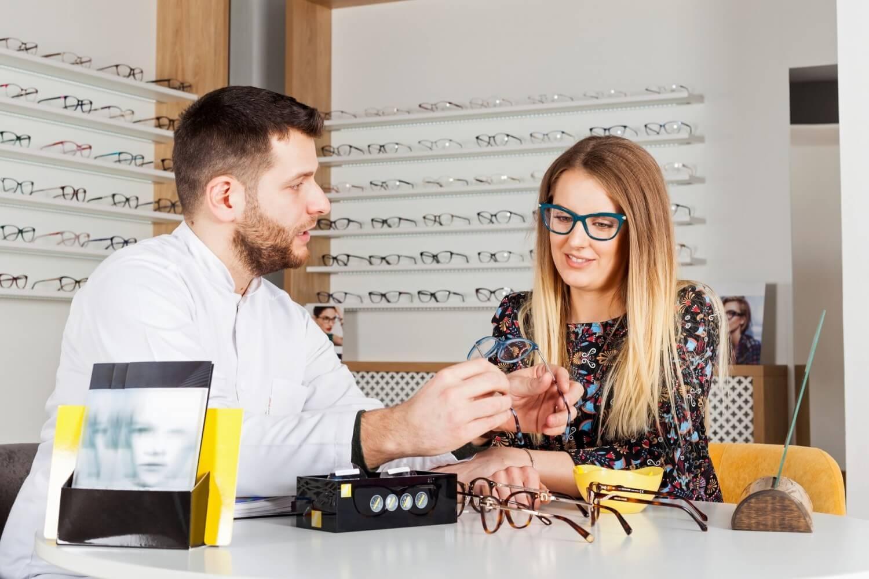 Saiba como indicar os melhores tipos de lente para cada cliente da sua ótica!